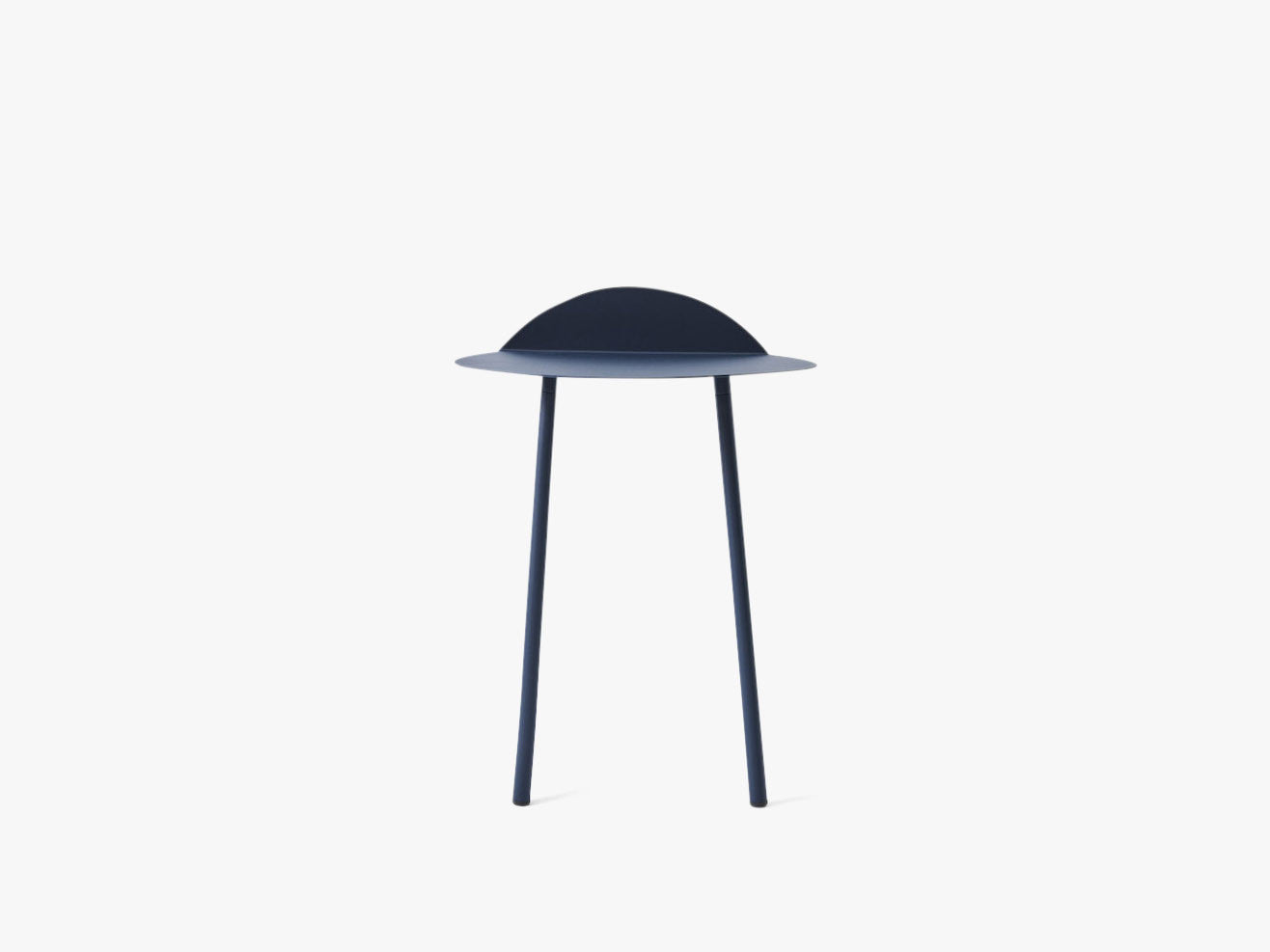Yeh Wall Table - Low, Midnight Blue fra Menu