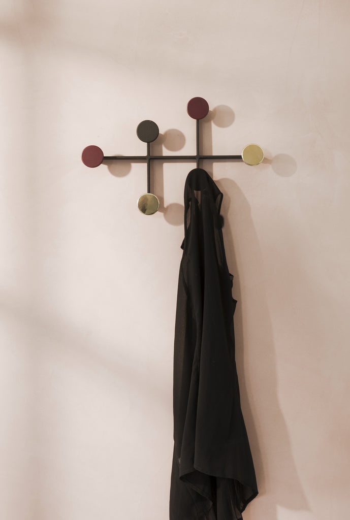 Afteroom Coat Hanger, Sort/Messing fra Menu