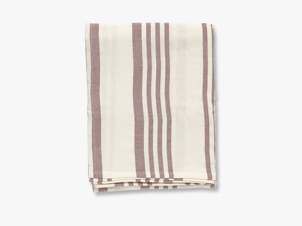 Table cloth, off white/red stripes fra Nordal
