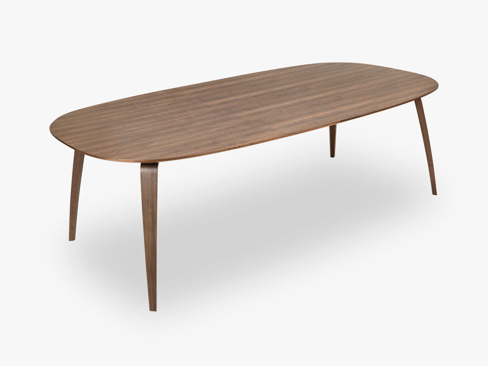 GUBI Dining Table - Eliptical - 120x230x72 cm, Walnut base, Walnut top fra GUBI