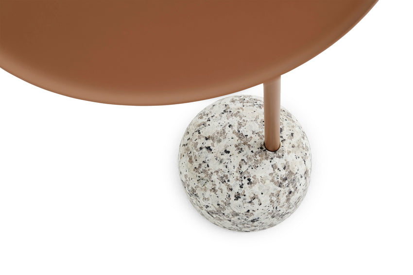 Bowler Side Table, Pale Brown fra HAY