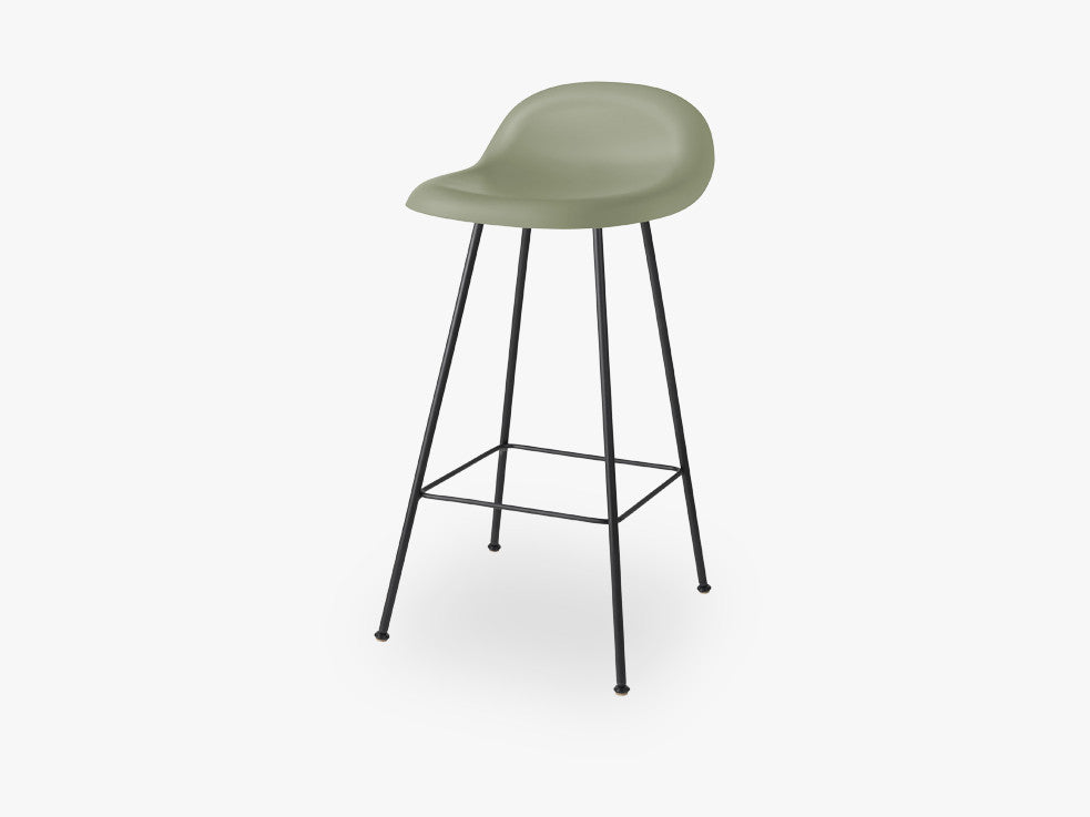 3D Counter Stool - Un-upholstered - 65 cm Center Black base, Mistletoe Green shell fra GUBI