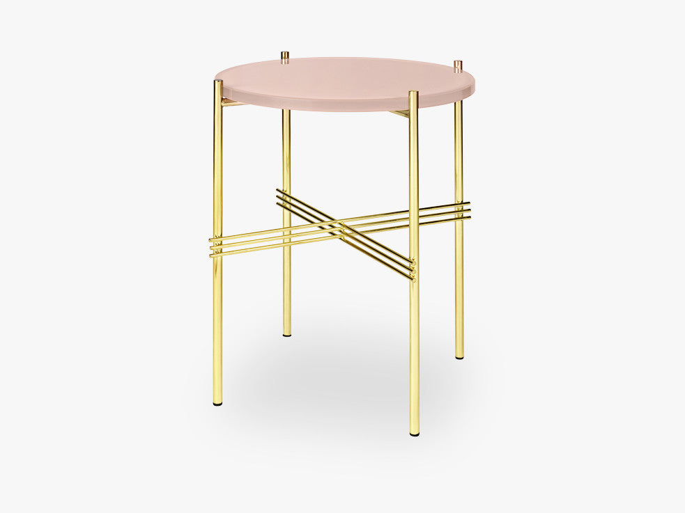TS Coffee Table - Dia 40 Brass base, glass vintage red top fra GUBI
