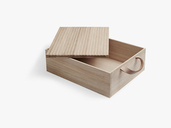 Norr Bread Box, Oak, FSC Mix fra SKAGERAK