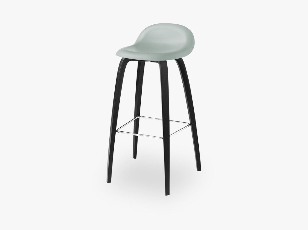 3D Bar Stool - Un-upholstered - 75 cm Black Stained Beech base, Nightfall Blue shell fra GUBI