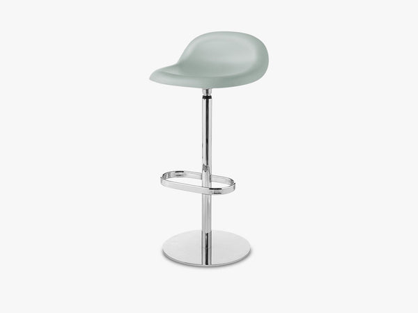 3D Bar Stool - Un-upholstered - 75 cm Swivel Chrome base, Nightfall Blue shell fra GUBI