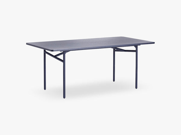 Diagonal Dining Table Blue fra WOUD