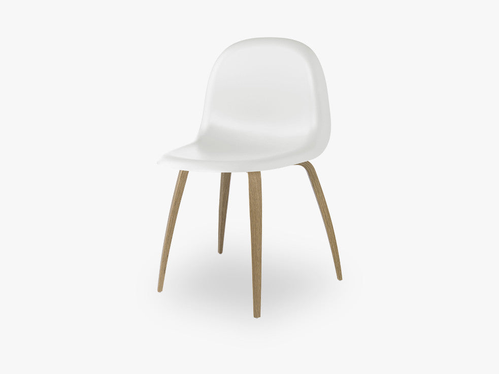 3D Dining Chair - Un-upholstered Oak base, White Cloud shell fra GUBI