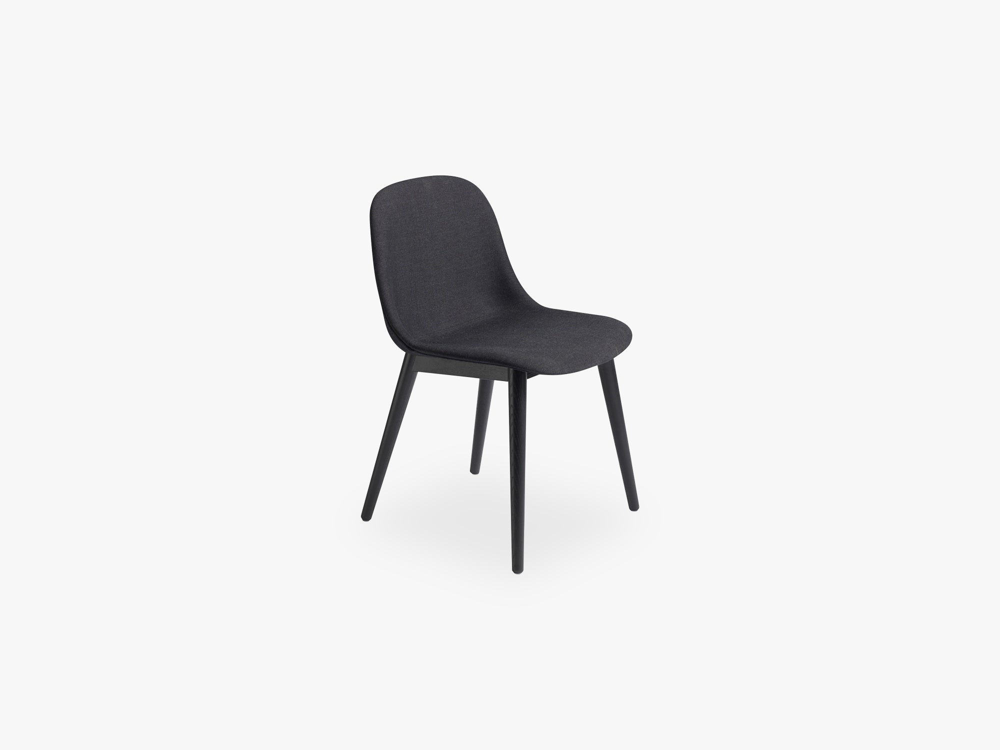 Fiber Side Chair - Wood Base - Textile Shell, Remix 183 / Black fra Muuto