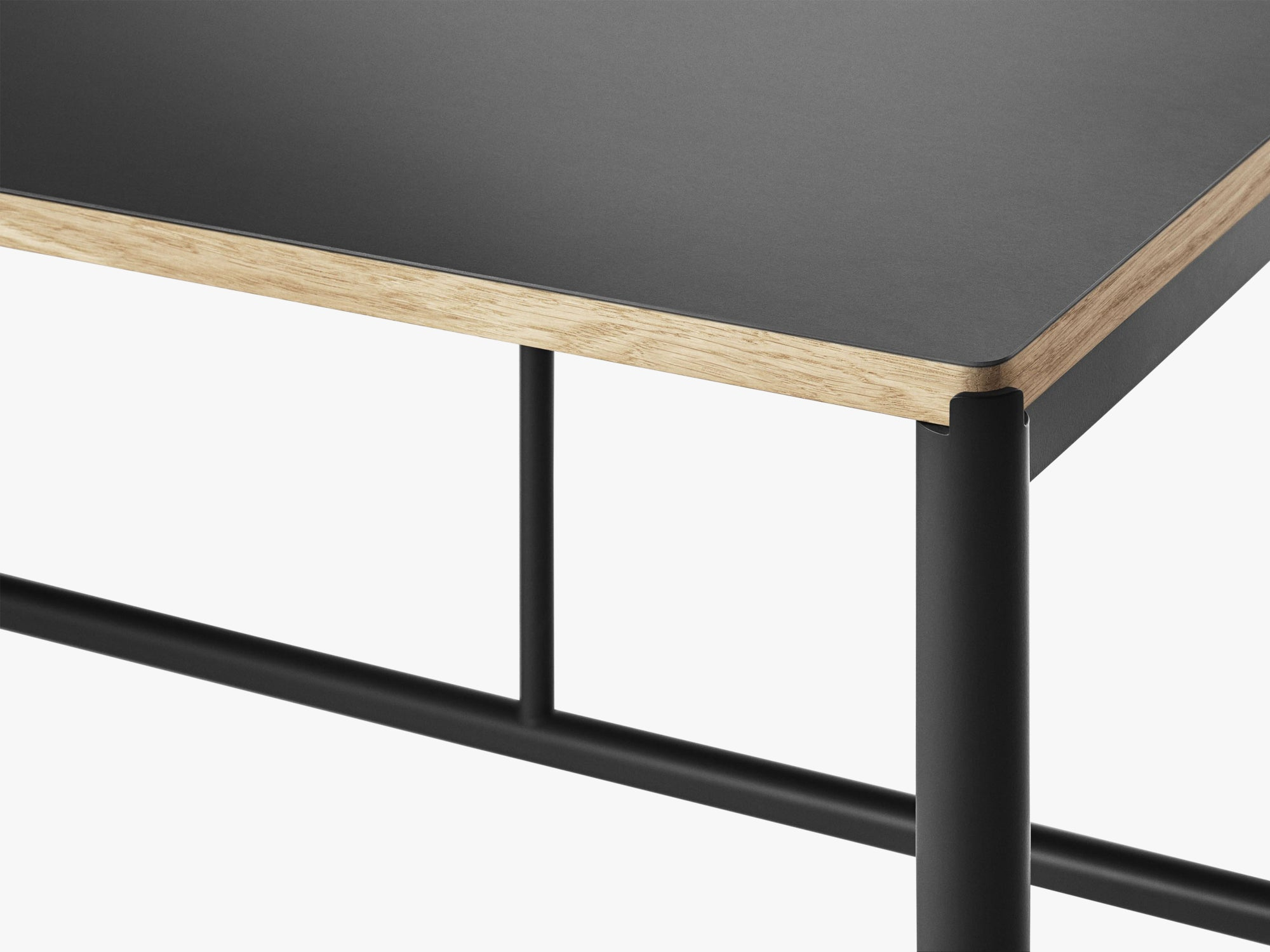 Mies Dining Table M1, Black/Black Linoleum Oak fra MILLION