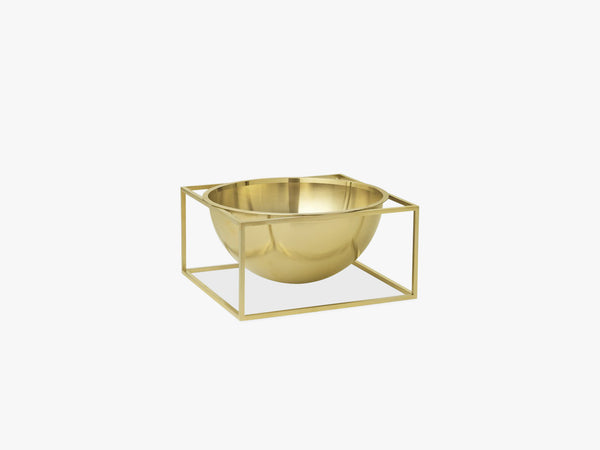 Kubus Bowl centerpiece large, brass fra By Lassen