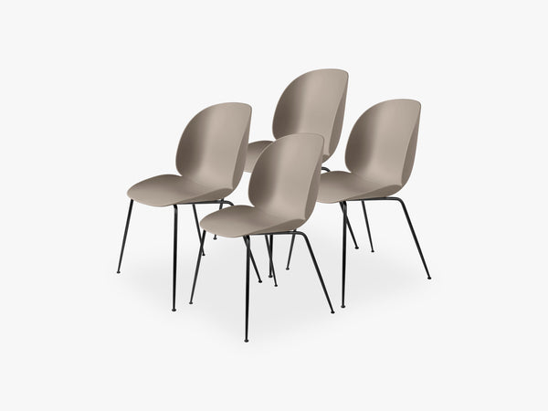 Beetle Dining Chair 4 pcs - Conic Black Matt Base, New Beige fra GUBI