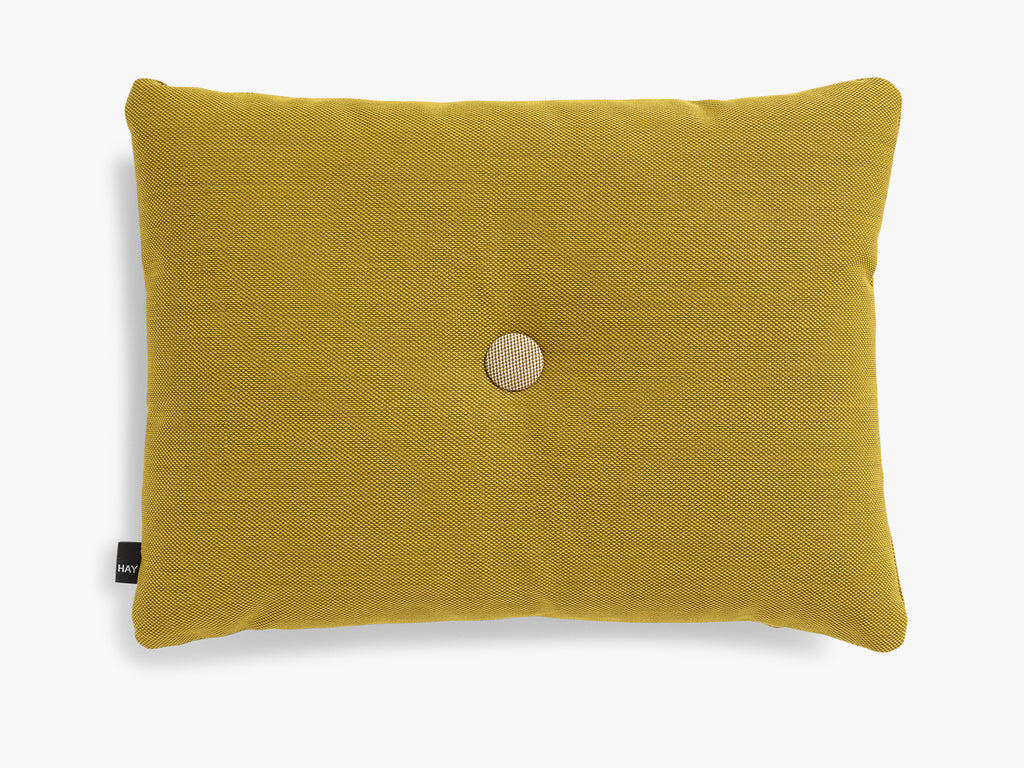 Dot Cushion Steelcut 1 dot, Golden Yellow fra HAY