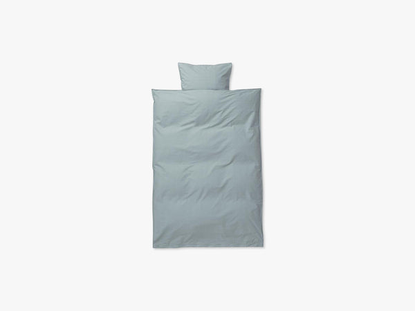 Hush Bedding - Baby Set, Dusty Blue Baby fra Ferm Living
