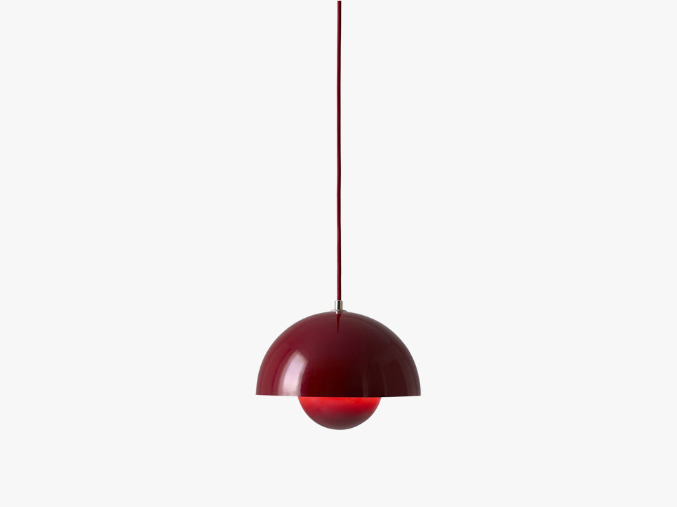 Flowerpot Pendant - VP1, Deep Red fra &tradition