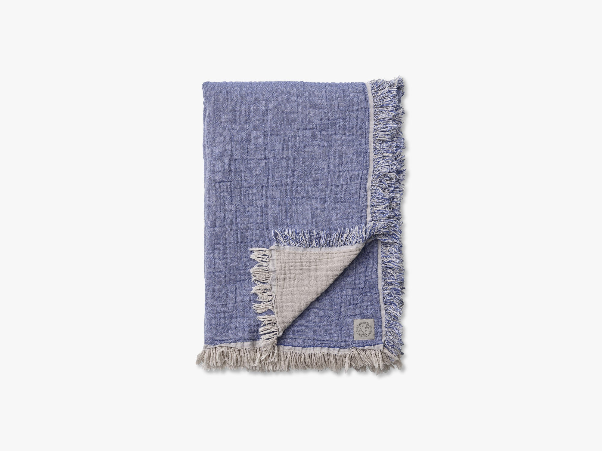 Collect Throw SC33, Cloud/Blue fra &tradition