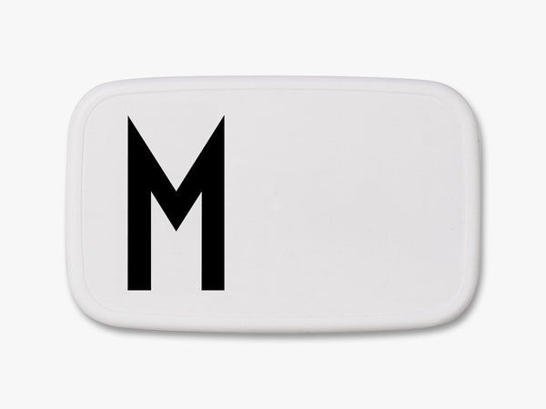M - Personal Lunch Box fra Design Letters