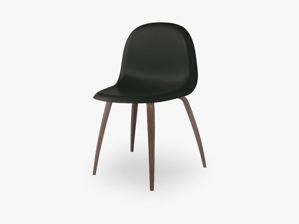 3D Dining Chair - Un-upholstered American Walnut base, Midnight Black shell fra GUBI