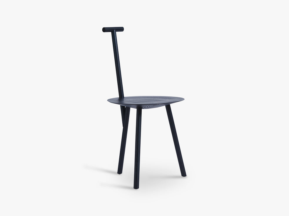 Spade Chair, Navy Blue fra Please Wait To Be Seated