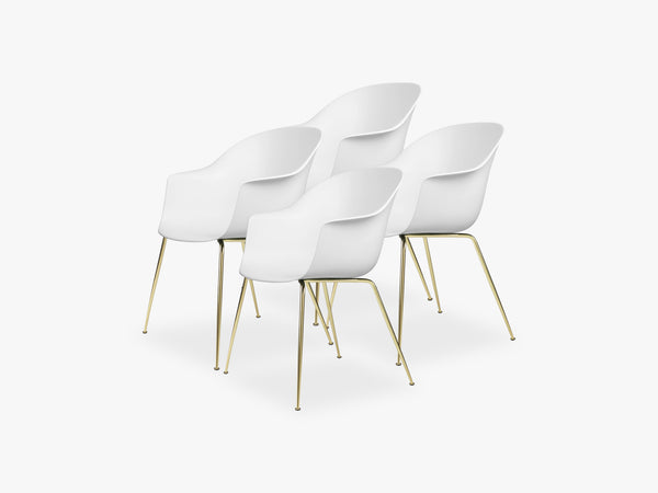 Bat Dining Chair 4 pcs - Conic Brass Semi Matt Base, Pure White fra GUBI
