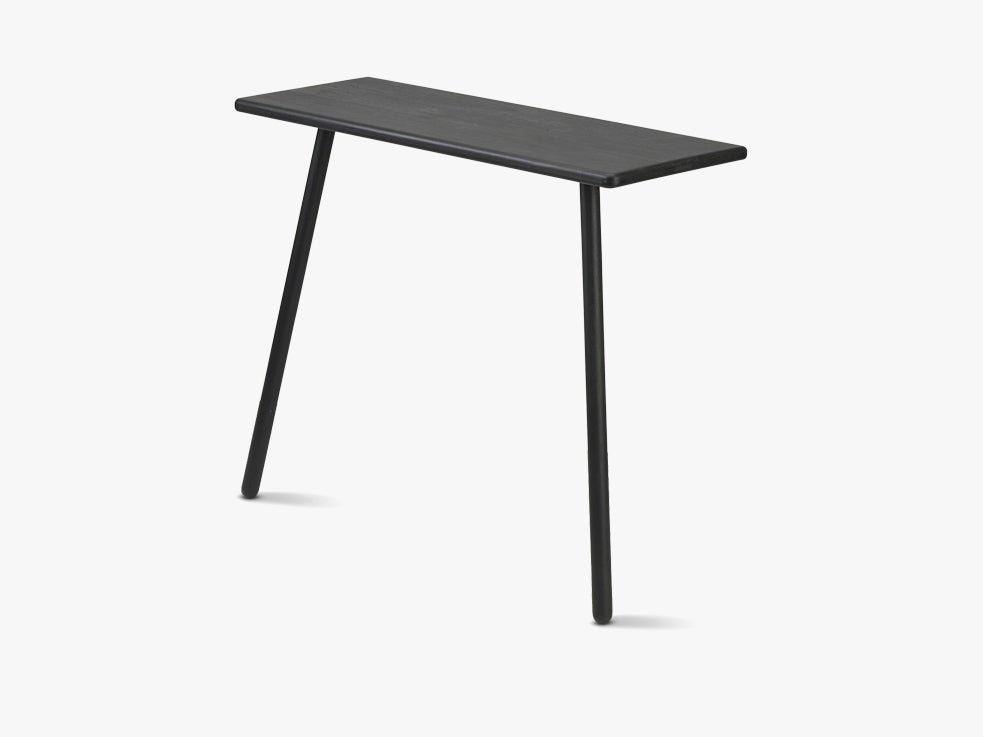 Georg Console Table, Black Oak fra SKAGERAK