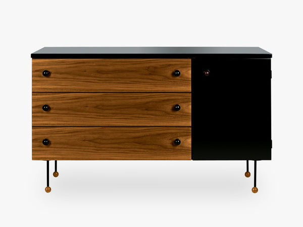 Grossmann 62 Dresser 3 drawer fra GUBI