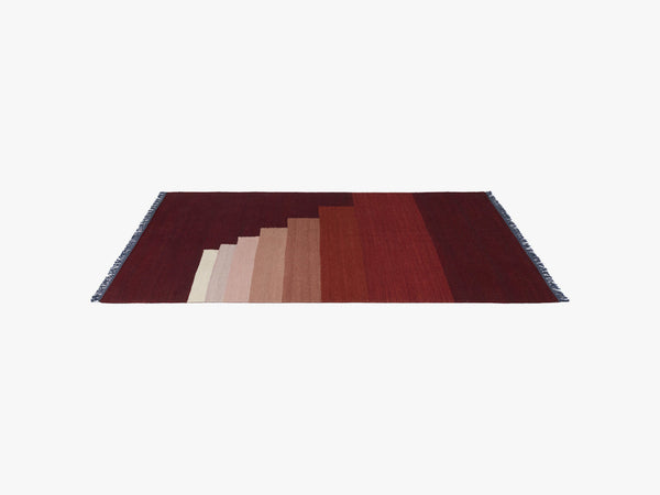Another Rug - AP3 - Red Vulcano - 170 x 240cm fra &tradition