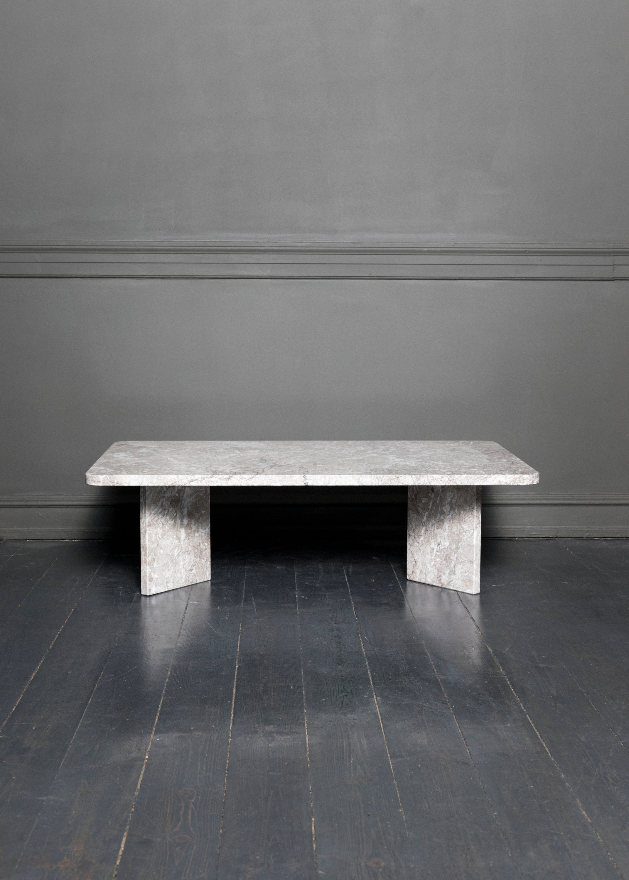 Coffee table marble fra NOCTURNALS