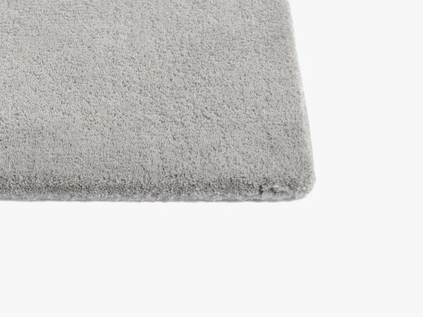 Raw Rug No 2, Light Grey fra HAY