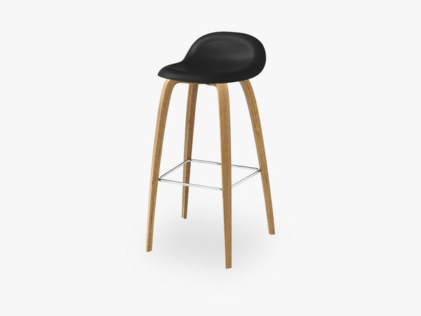 3D Bar Stool - Un-upholstered - 75 cm Oak base, Midnight Black shell fra GUBI
