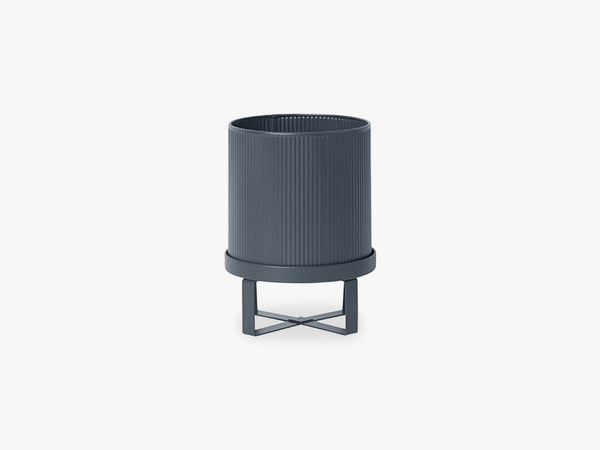Bau Pot Small, Dark Blue fra Ferm Living