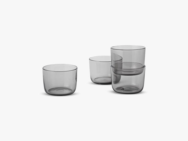 Corky /  Carafe & Glasses / Low, Glasses - Low - Grey fra Muuto