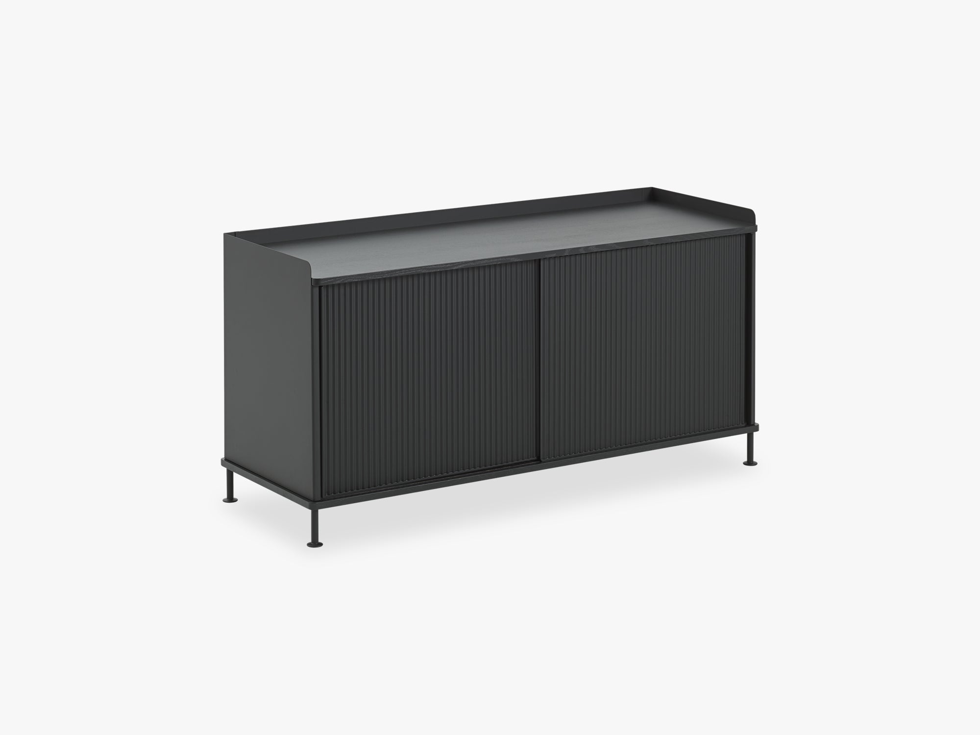 Enfold Sideboard - Low, Black/Black fra Muuto