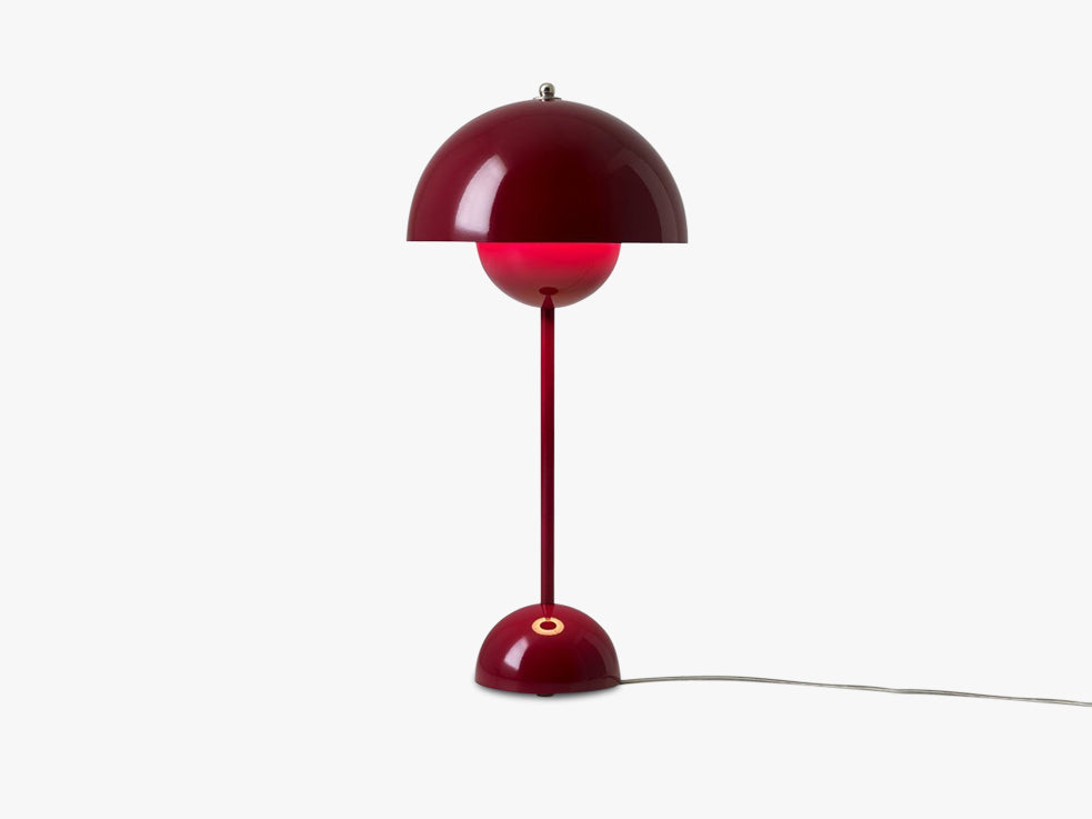 Flowerpot Table Lamp - VP3, Deep Red fra &tradition