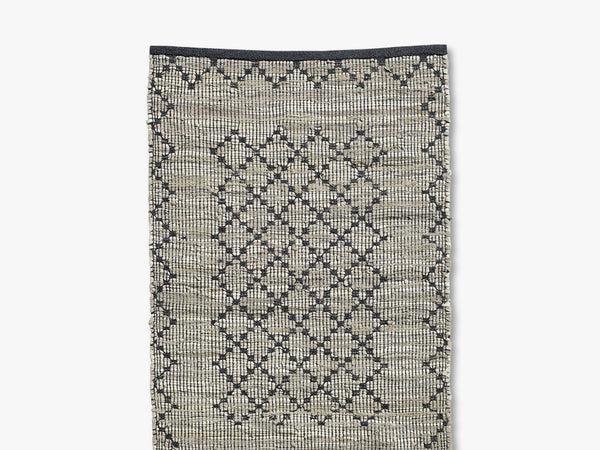 CHINDI woven rug, leather/cotton fra Nordal