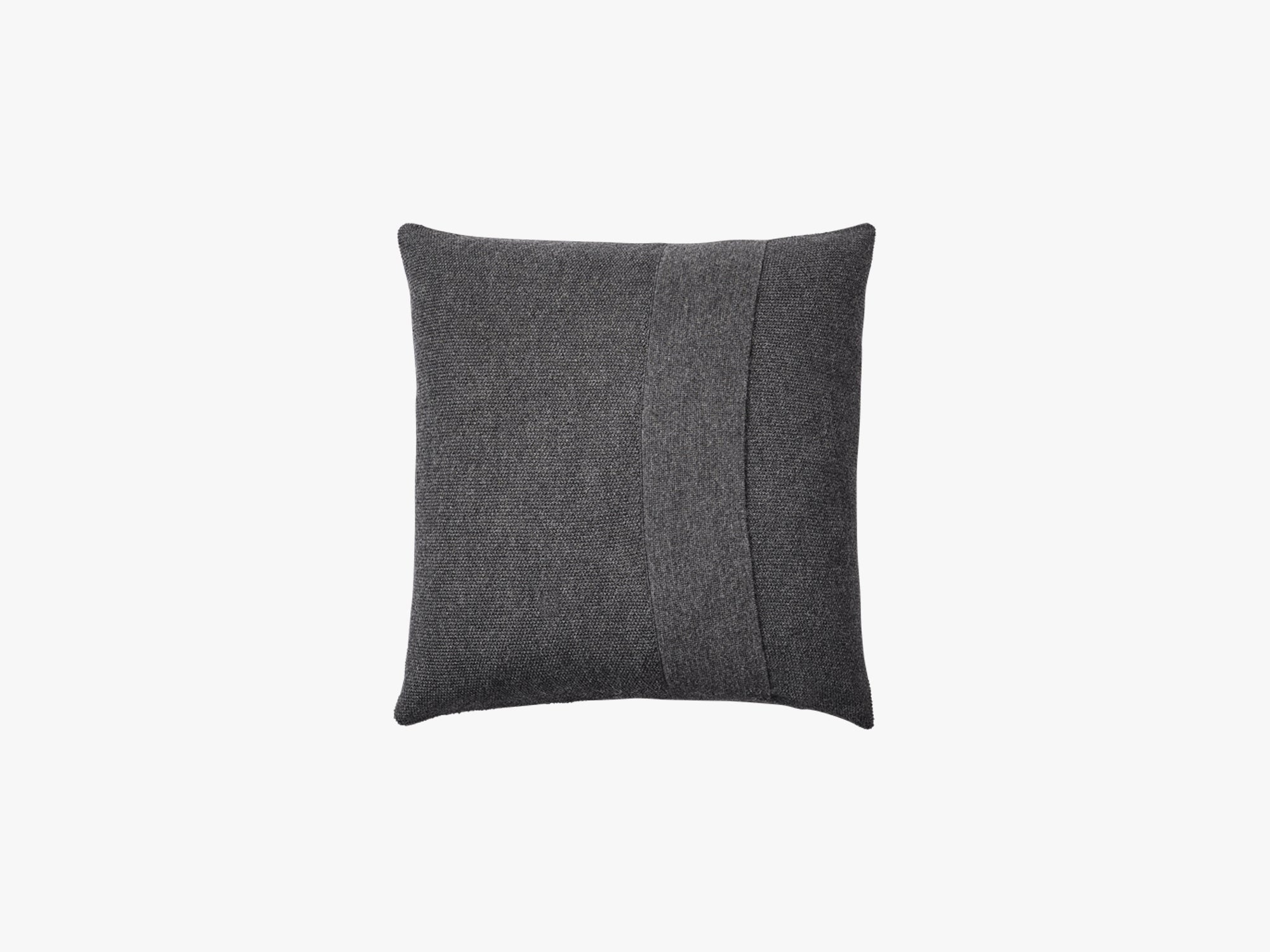 Layer Pude 50x50, Dark Grey fra Muuto