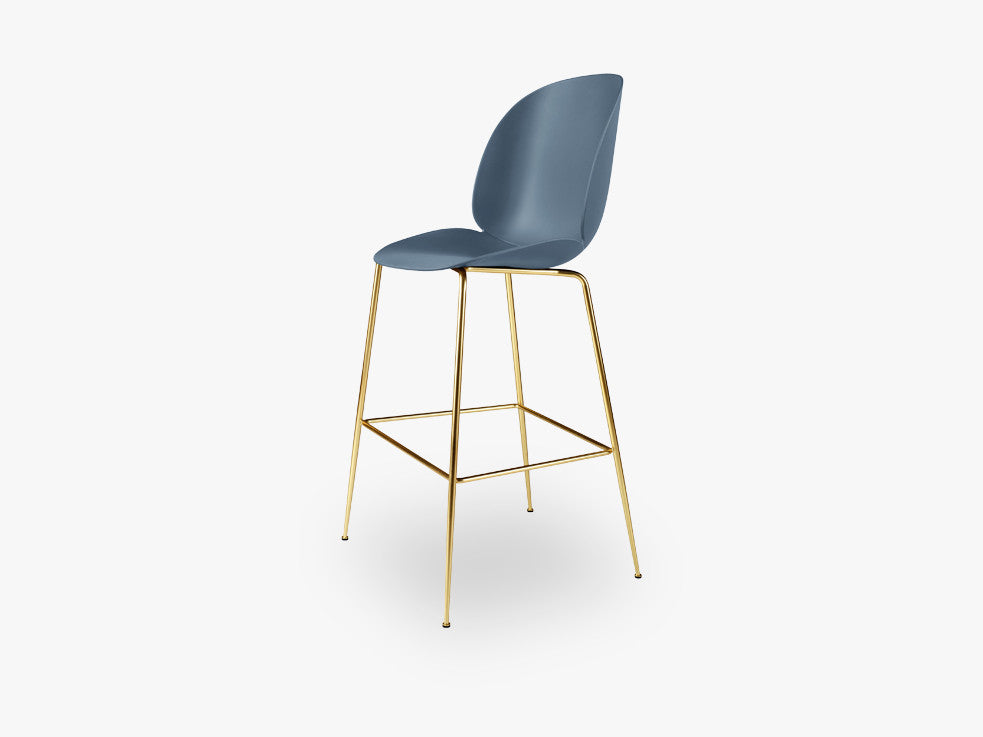 Beetle Bar Chair - Un-upholstered - 74 cm Conic Brass base, Blue Grey shell fra GUBI