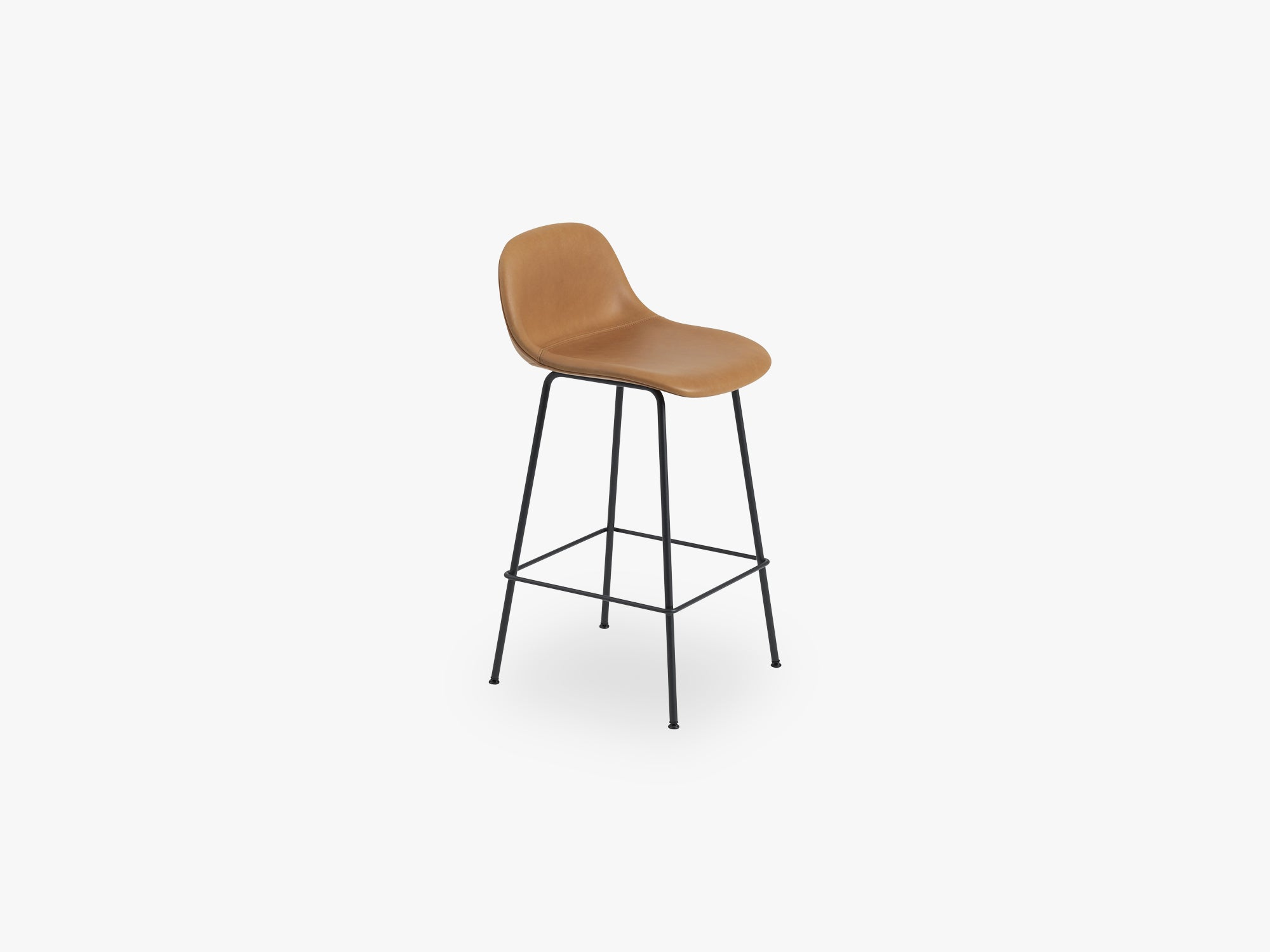 Fiber Bar Stool W Backrest - Tube Base H: 65 Cm, Silk Leather - Cognac/Black fra Muuto