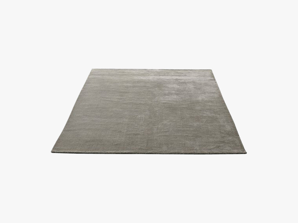 The Moor Rug - AP5, Grey Moss fra &tradition