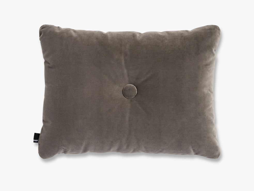 Dot Cushion Soft, Warm Grey fra HAY