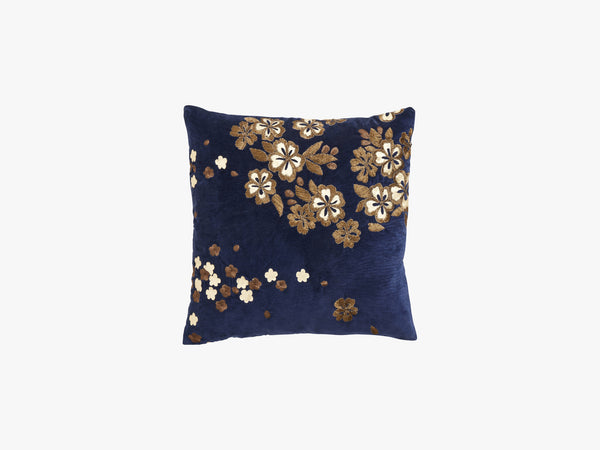 Cushion cover w/emb flowers, dark blue fra Nordal