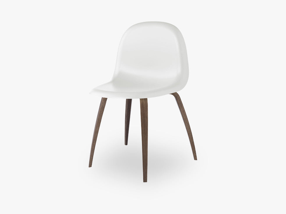 3D Dining Chair - Un-upholstered American Walnut base, White Cloud shell fra GUBI
