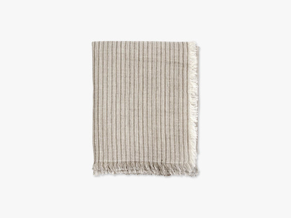 Throw, stripes, beige/offw, frayed edges fra Nordal