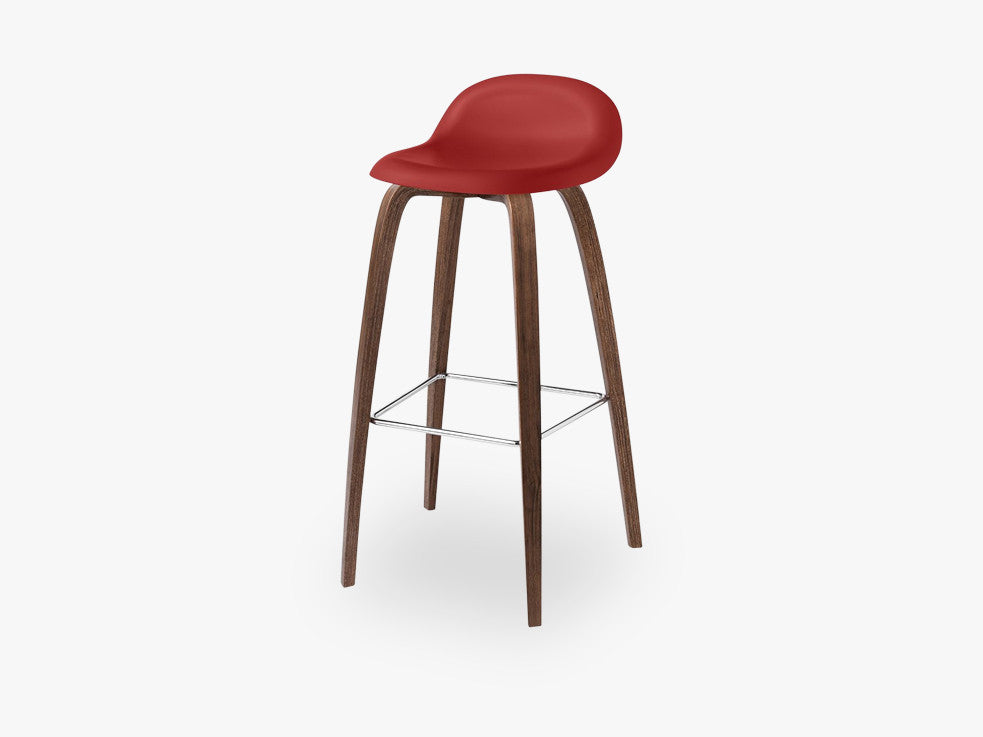 3D Bar Stool - Un-upholstered - 75 cm American Walnut base, Shy Cherry shell fra GUBI