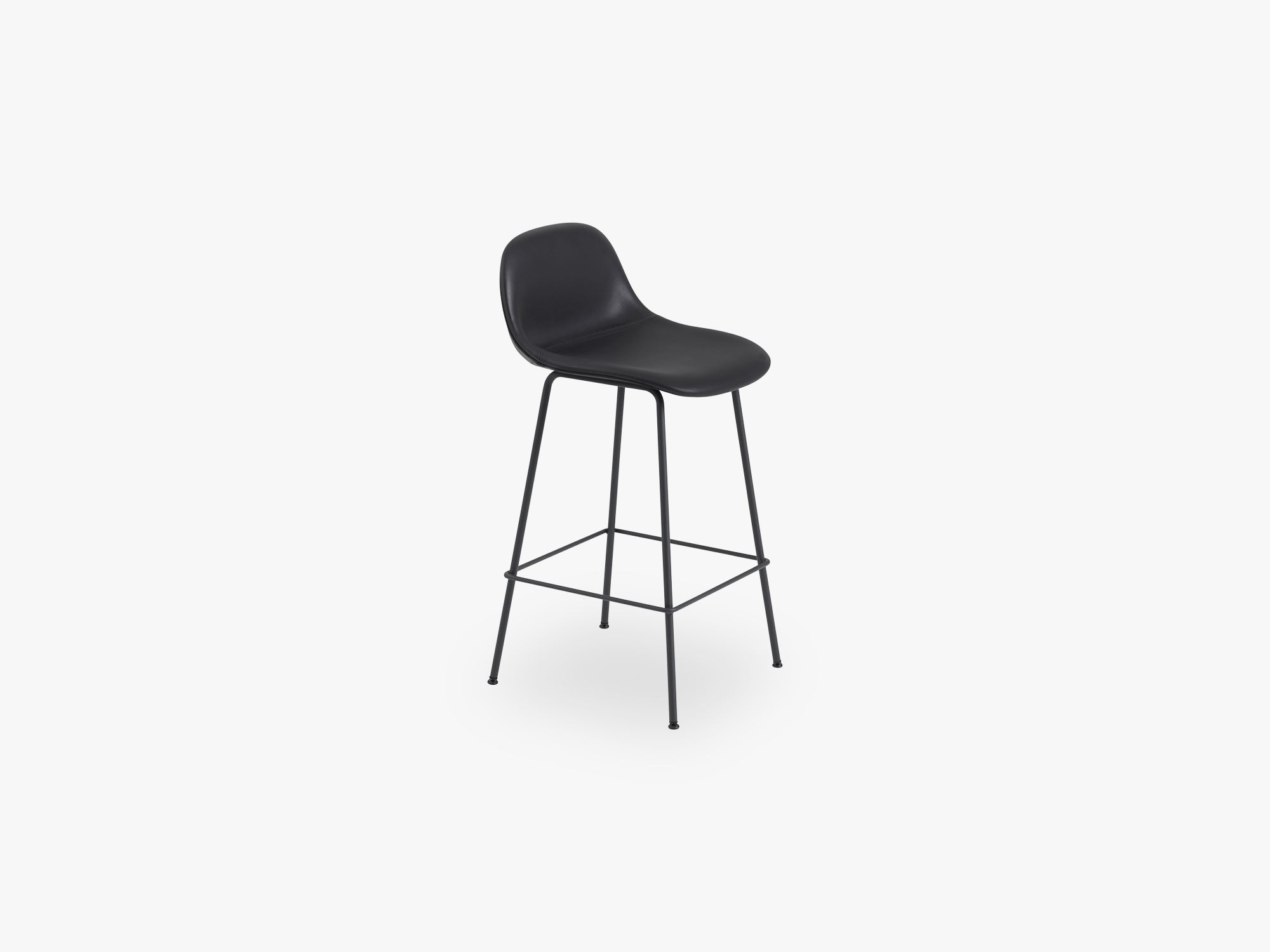 Fiber Bar Stool W Backrest - Tube Base H: 65 Cm, Silk Leather - Black/Black fra Muuto
