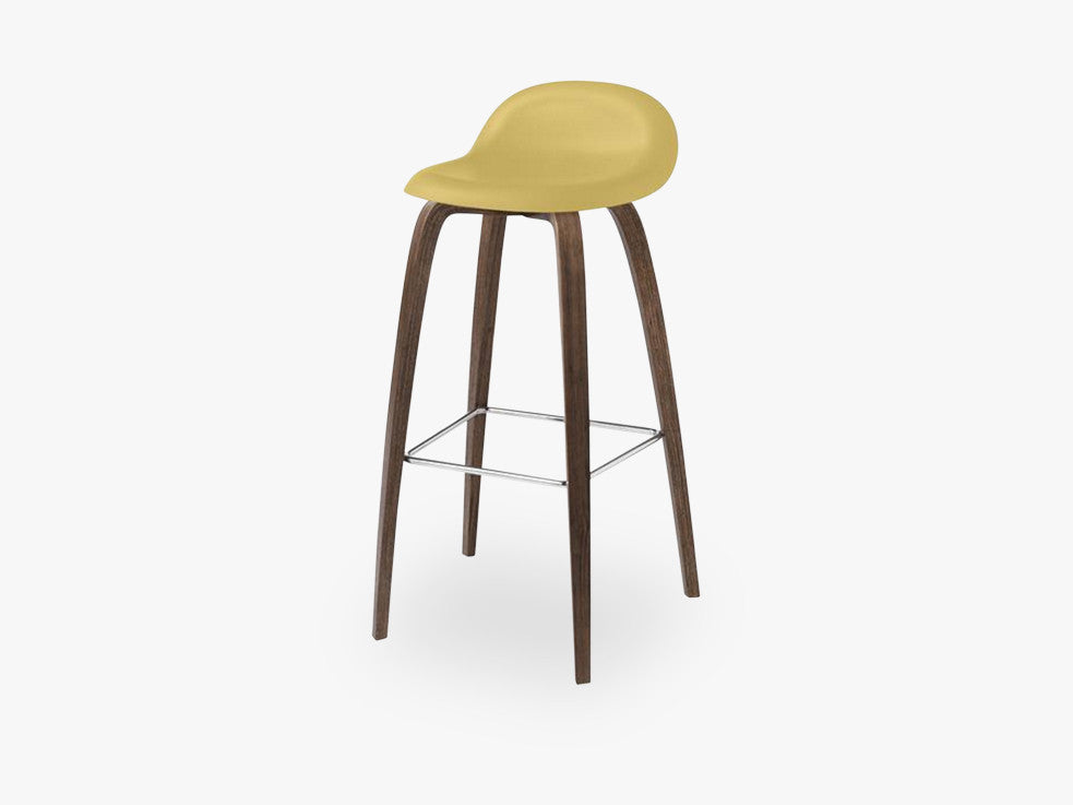 3D Counter Stool - Un-upholstered - 65 cm American Walnut base, Venetian Gold shell fra GUBI