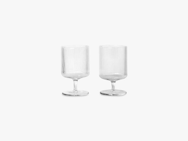 Ripple Wine Glasses - 2 pcs, Clear fra Ferm Living
