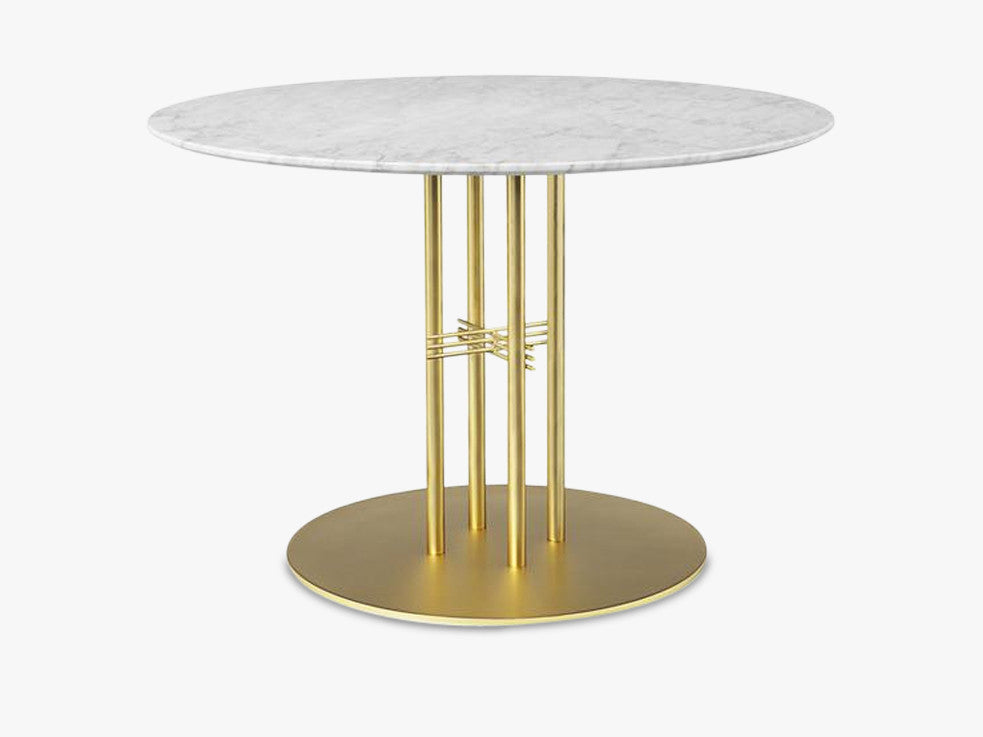 TS Column - Dining Table - Dia 110 Brass base, marble white top fra GUBI
