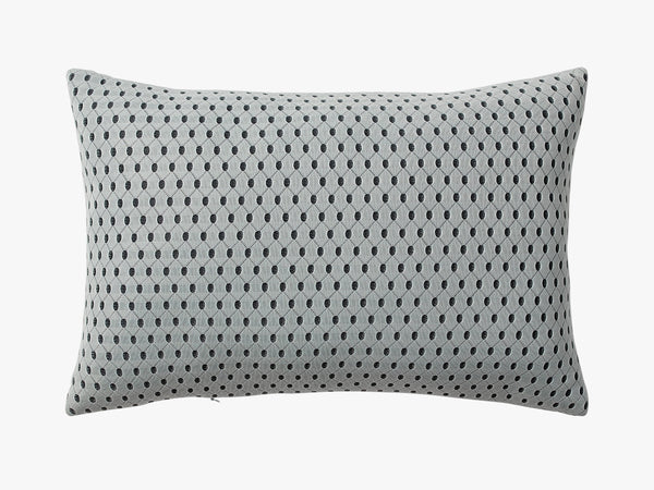 3D Knitted Cushion - Pale Mint fra AYTM