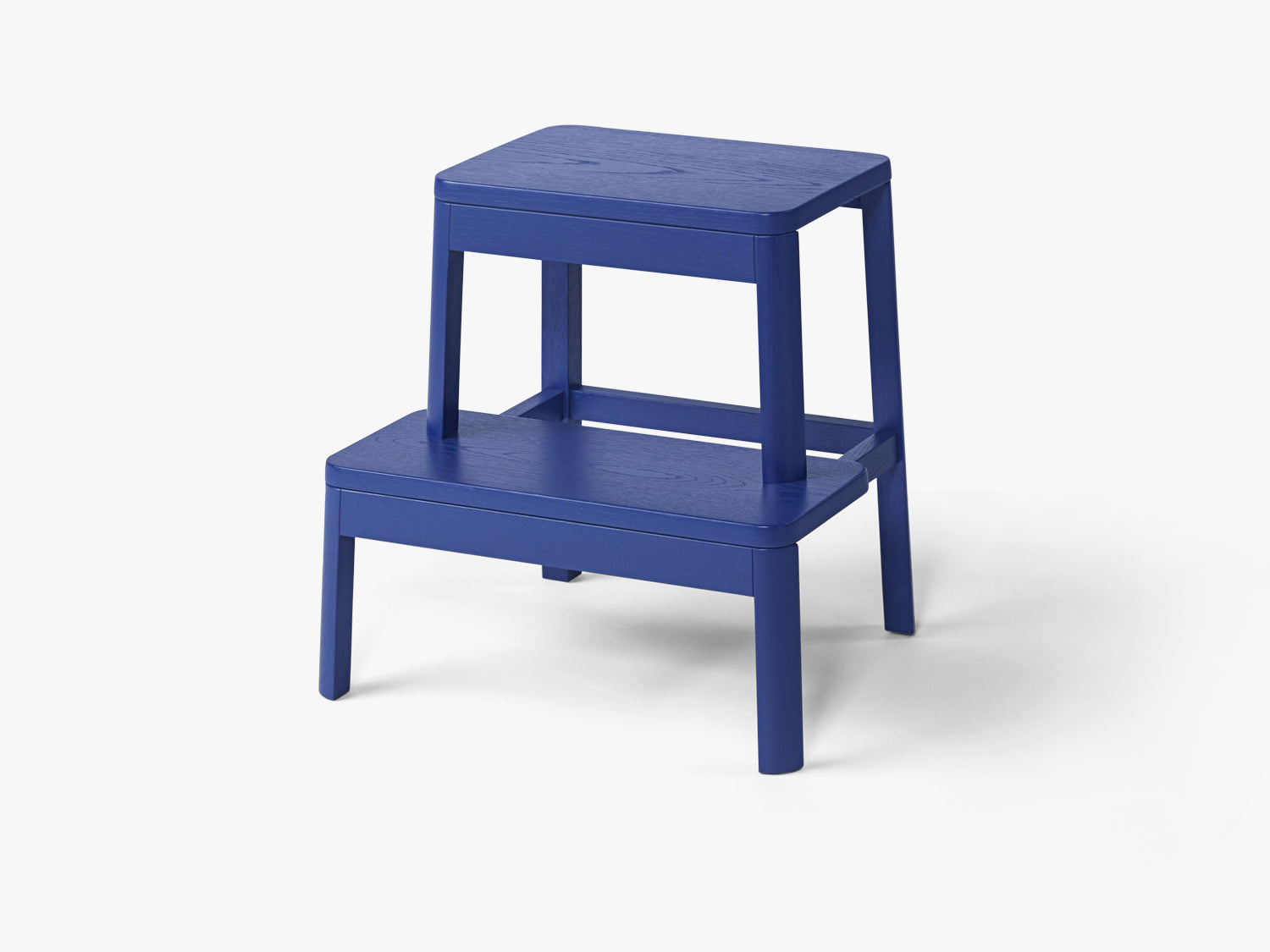Arise Stool, Ultramarine Blue Oak fra MILLION